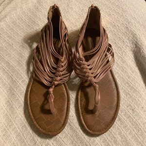 Lucky Brand rose gold sandals